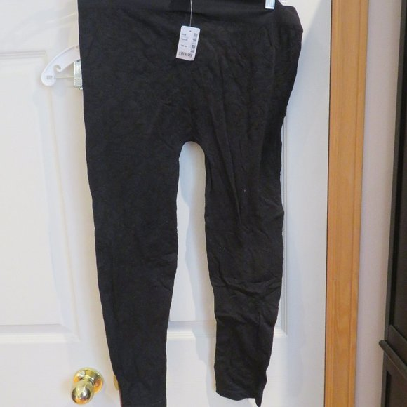 BNWT footless tights, black with a slight flower e